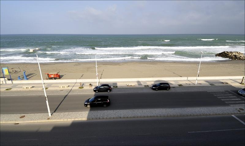 pohled-z-okna-hotelu-v-la-linei.jpg