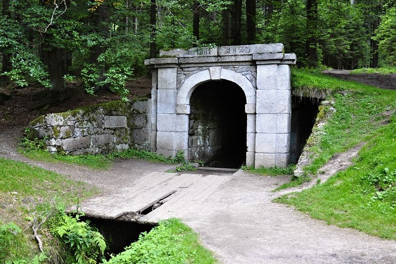 schwarzenbersky-kanal-dolni-portal.jpg