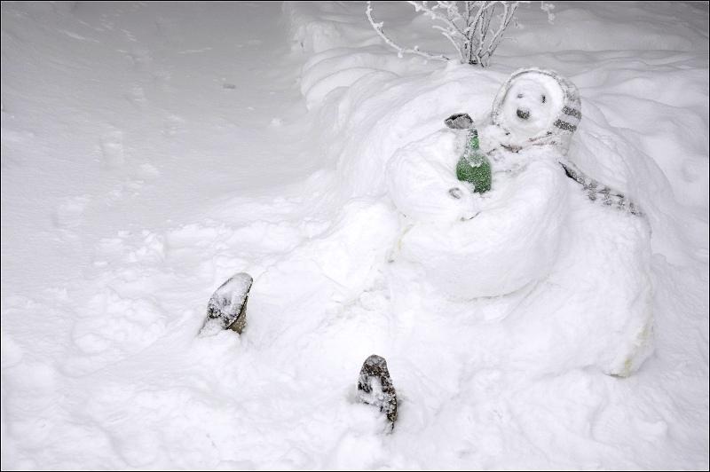 snehove-sochy-pustevny_opily-valach.jpg