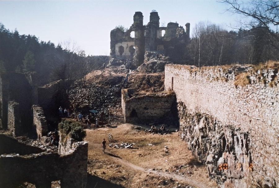 kamen-2003.jpg