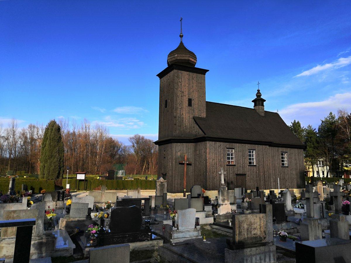 kostel-v-albrechticich.jpg
