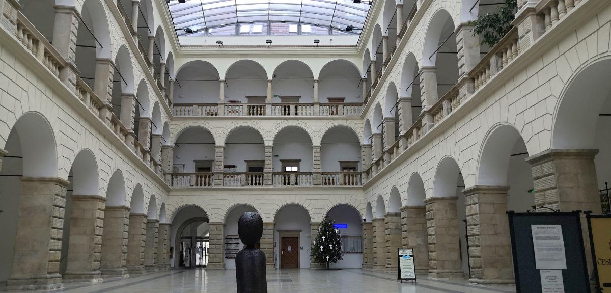 radnice-v-hranicich-2.jpg
