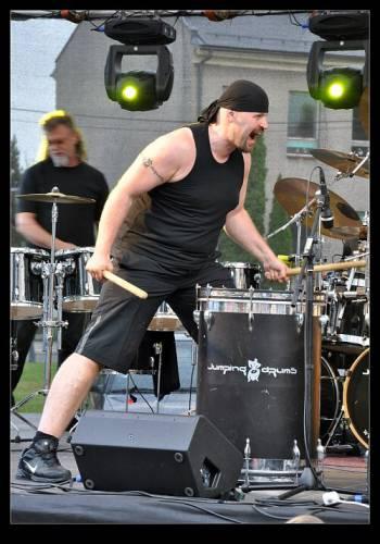 jumping-drums-svinov-19-06-2010-08.jpg