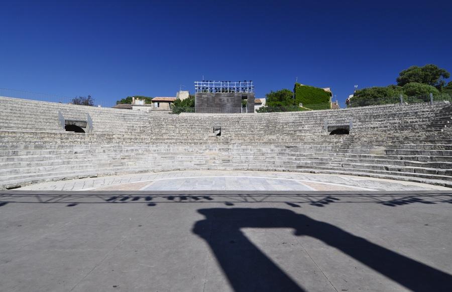 rimske-divadlo-v-arles-_-2.jpg